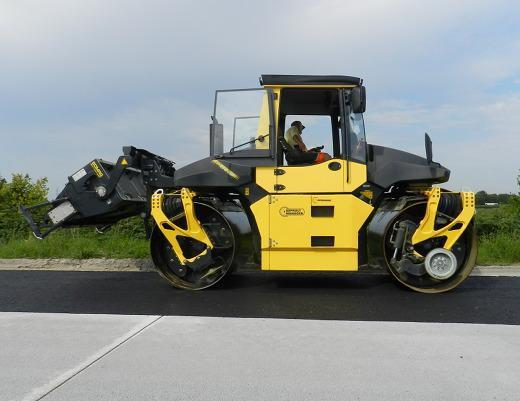 Bomag Bw 174 Ap Am Fiche Technique  U0026 Sp U00e9cifications  2008